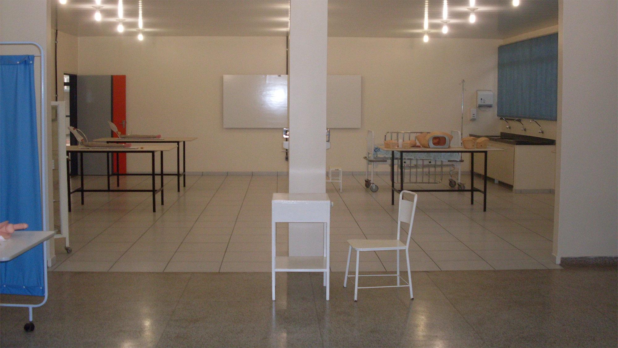 FACESA - Laboratório 7