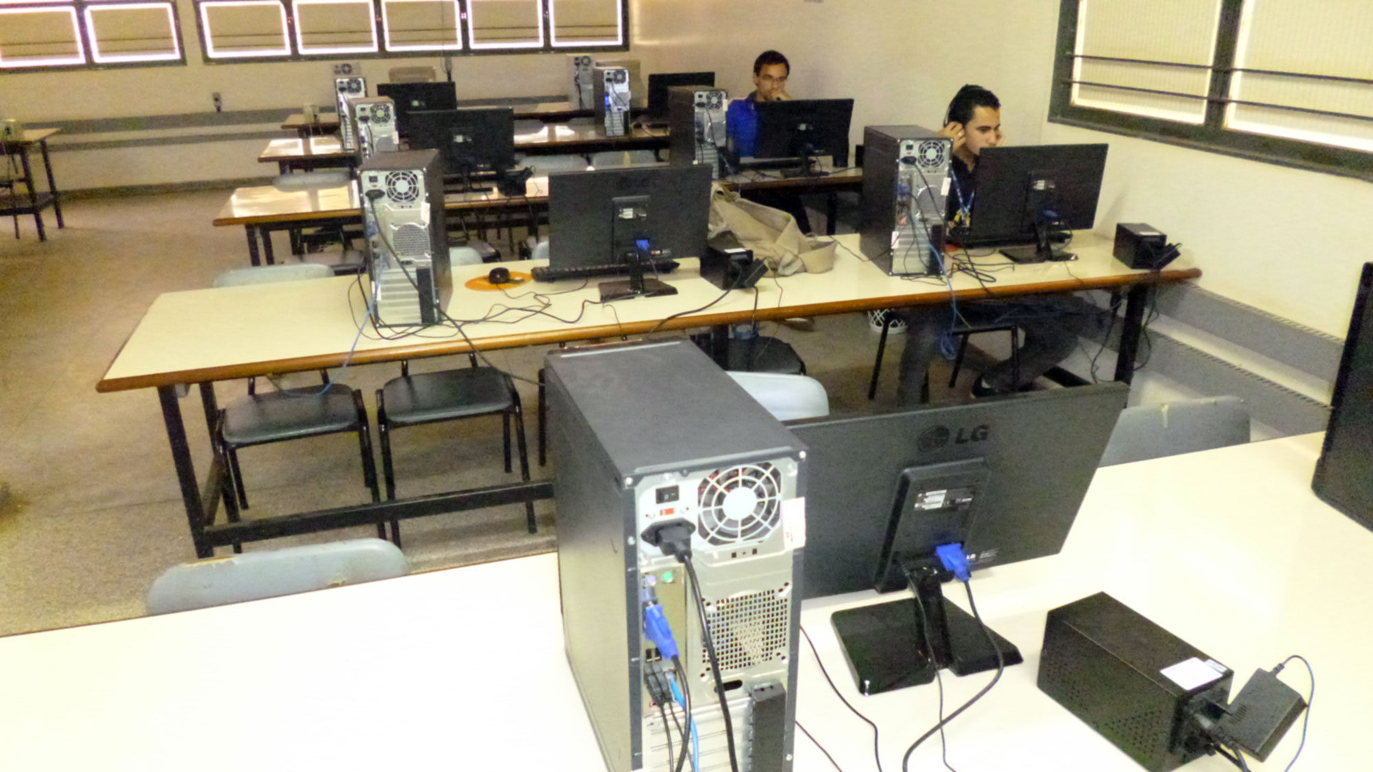 FACESA - Laboratório de Informática